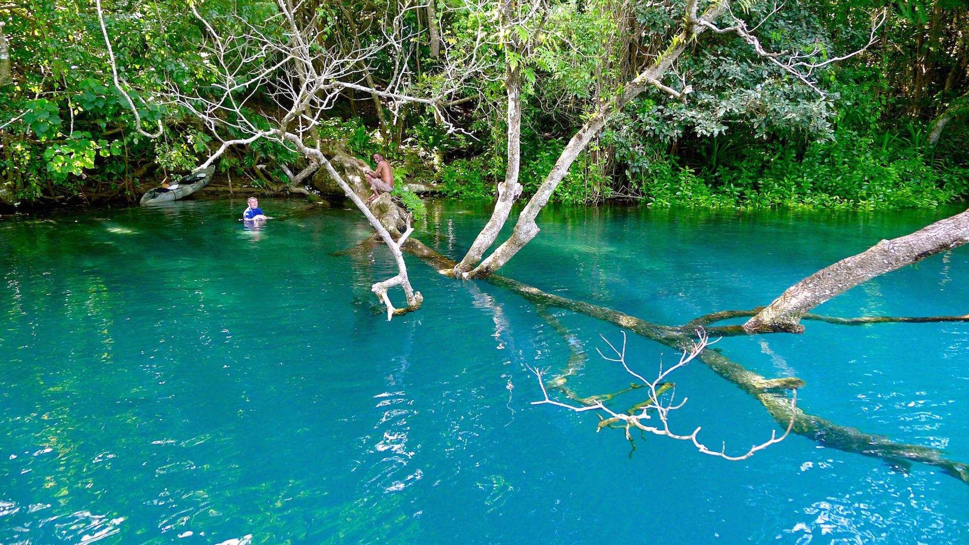 Blue Hole, Vanuatu