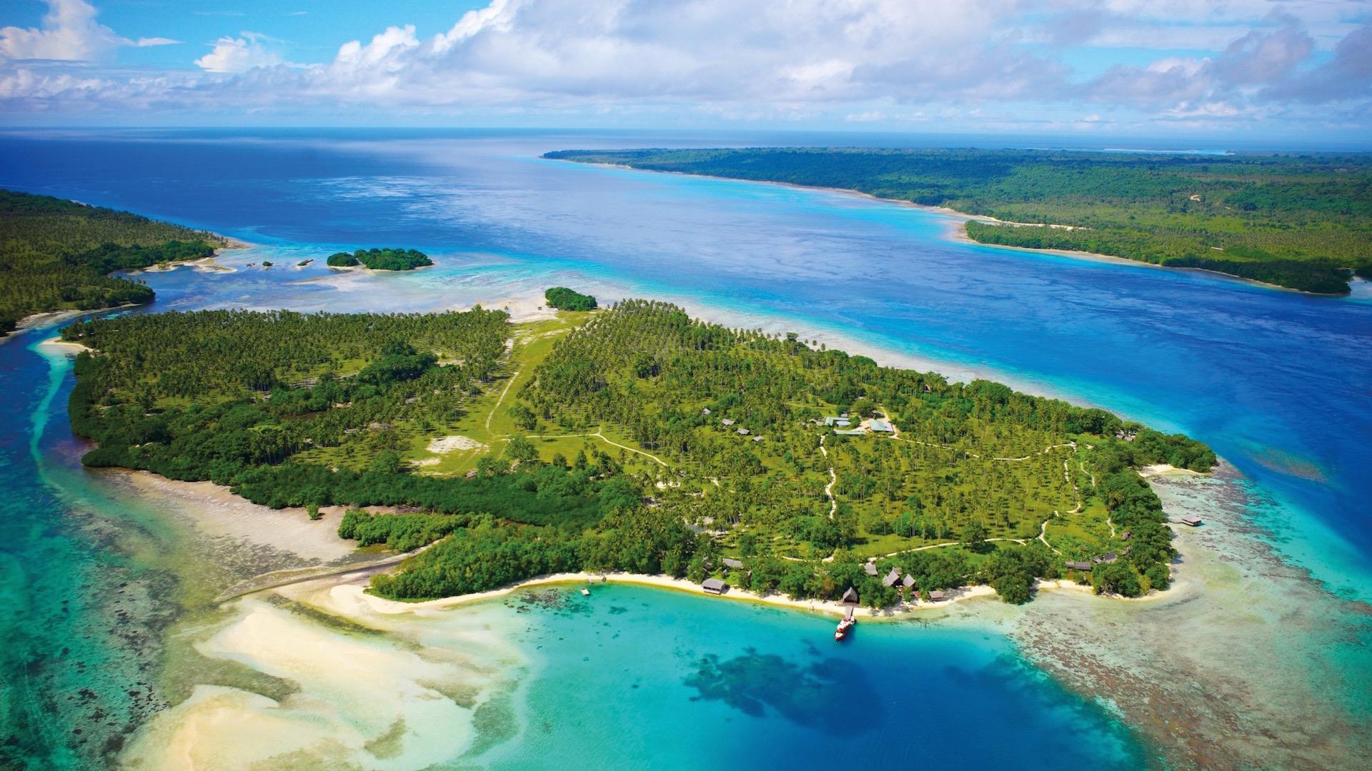 Ratua Island, aerial view