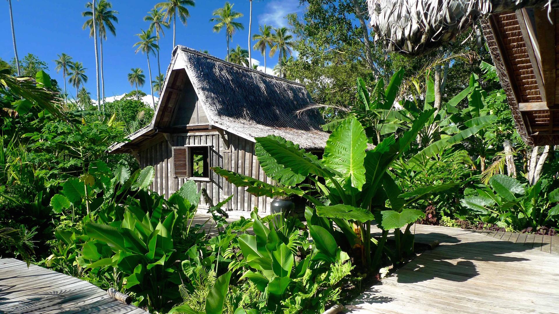 Ratua Island bungalow