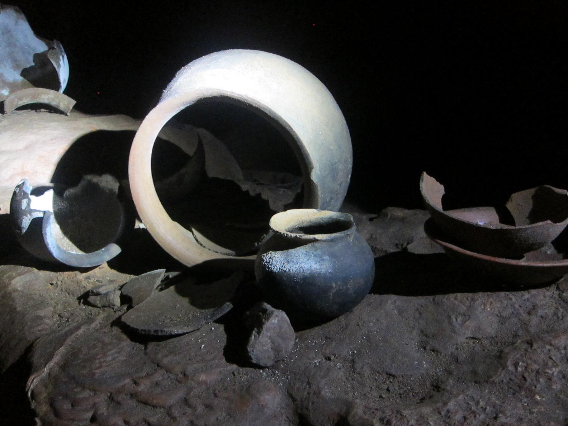 Maya pottery at ATM