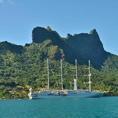 Windstar_Tahiti_Yacht